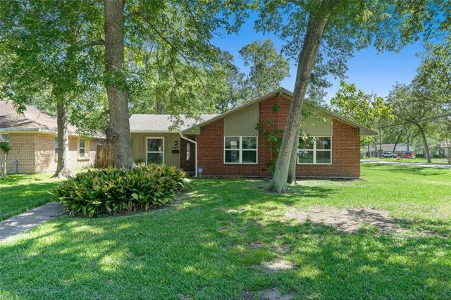 2817 Belmont Street, Dickinson, TX 77539 (MLS #14159930) :: The Kevin Allen Jones Home Team