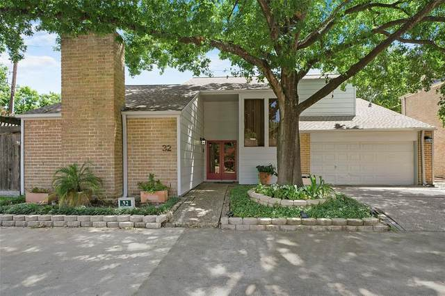 12800 Briar Forest Drive #32, Houston, TX 77077 (MLS #14182636) :: The SOLD by George Team