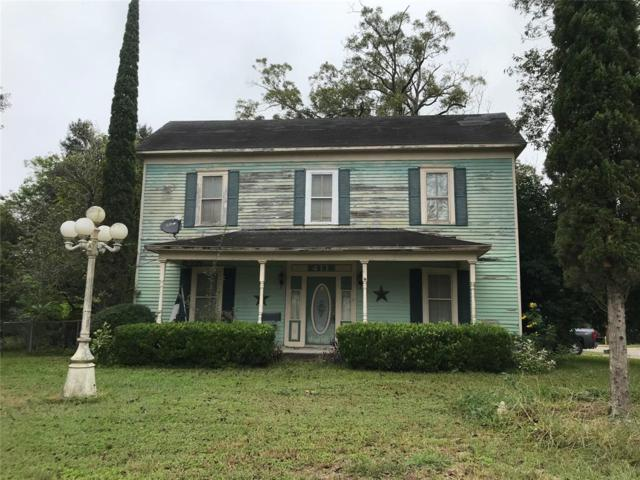 411 S Washington Street, El Campo, TX 77437 (MLS #14197178) :: Magnolia Realty