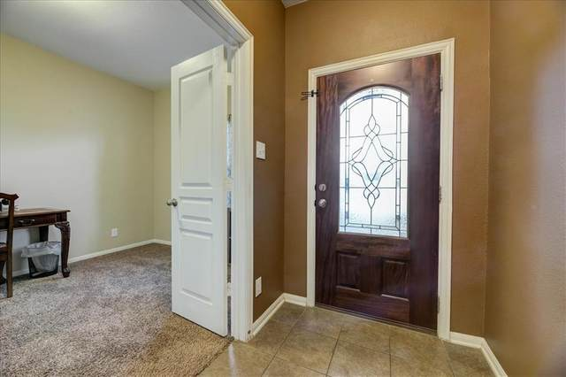 4922 Seaside Sparrow Lane, Baytown, TX 77521 (MLS #14217315) :: Connell Team with Better Homes and Gardens, Gary Greene