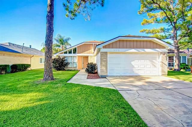 15238 Barbarossa Drive, Houston, TX 77083 (MLS #14254621) :: Area Pro Group Real Estate, LLC