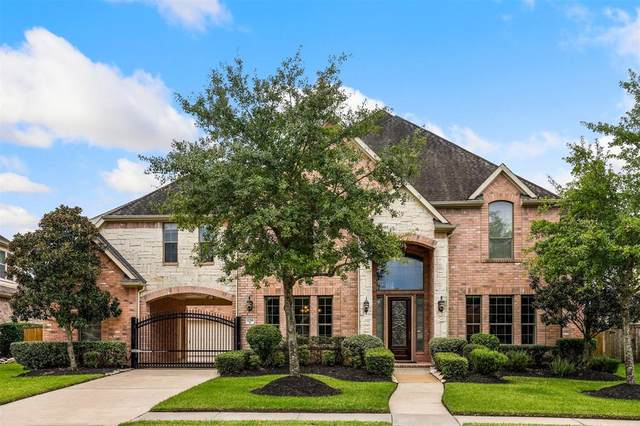 12318 Bend Creek Lane, Pearland, TX 77584 (MLS #14257892) :: The SOLD by George Team
