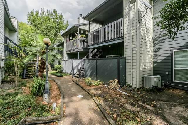 9009 Richmond Avenue #403, Houston, TX 77063 (MLS #14262747) :: The Sansone Group