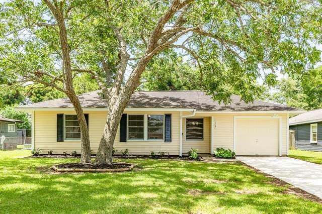 218 Acacia Street, Lake Jackson, TX 77566 (#14429538) :: ORO Realty