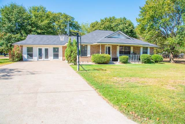 298 10th Street, Somerville, TX 77879 (MLS #14441383) :: Texas Home Shop Realty