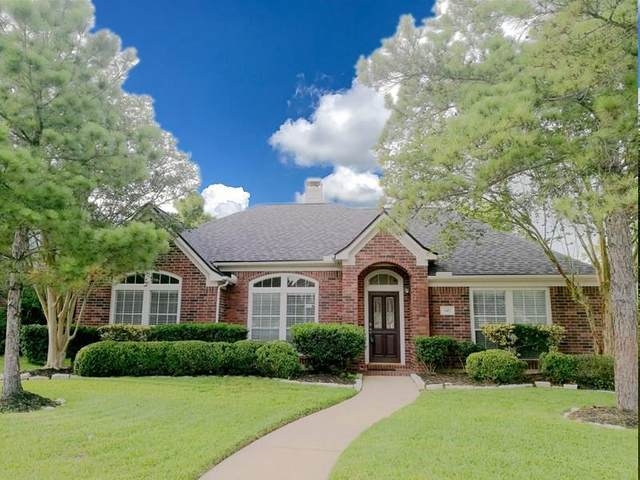 3411 Farnham Circle, Pearland, TX 77584 (MLS #14464729) :: The SOLD by George Team