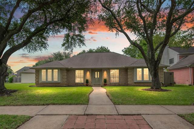 8942 High Haven Drive, Houston, TX 77083 (MLS #14690269) :: Guevara Backman