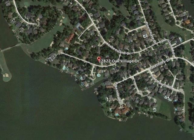 12822 Oak Village Drive, Montgomery, TX 77356 (MLS #14710496) :: Fairwater Westmont Real Estate