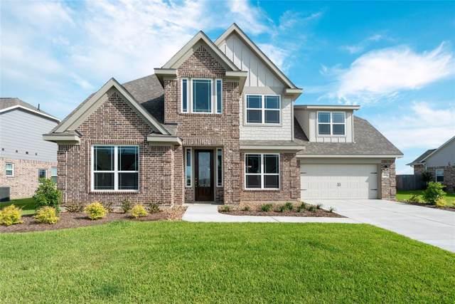 9910 Oaklawn, Mont Belvieu, TX 77523 (MLS #14735576) :: Giorgi Real Estate Group