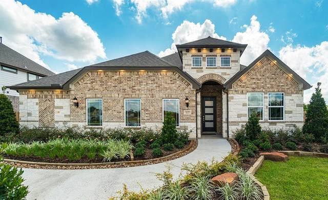 3227 Keller Drive, Pearland, TX 77584 (MLS #14737846) :: The Freund Group