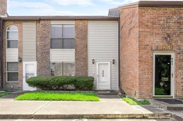 5100 Allendale Road #202, Houston, TX 77017 (MLS #14745967) :: Parodi Group Real Estate