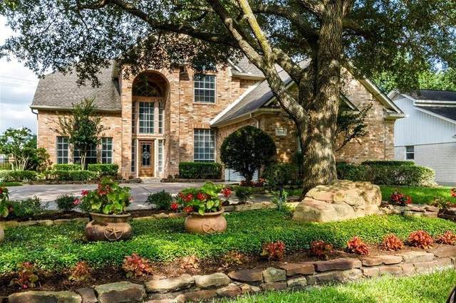2703 Fairway Drive, Sugar Land, TX 77478 (MLS #14752782) :: The Heyl Group at Keller Williams