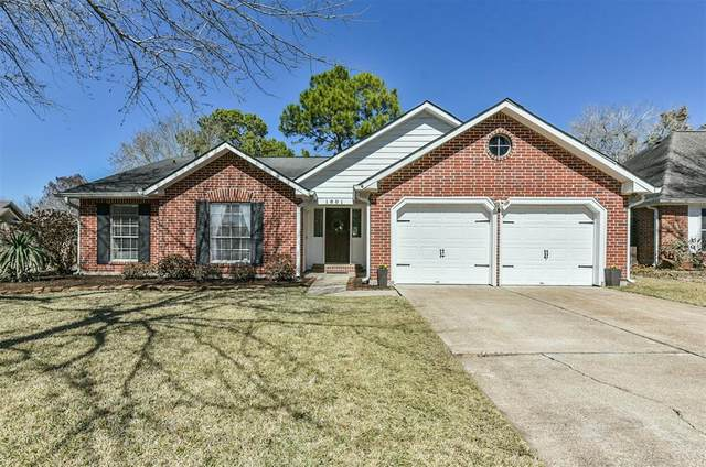 1801 Charro Street, Friendswood, TX 77546 (MLS #14842805) :: The Bly Team