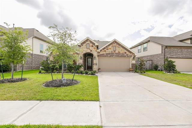 10926 Sarah Bluff Lane, Cypress, TX 77433 (MLS #14860897) :: Connell Team with Better Homes and Gardens, Gary Greene