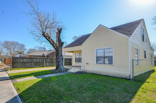1806 Alabama Street, Baytown, TX 77520 (MLS #14920320) :: Green Residential