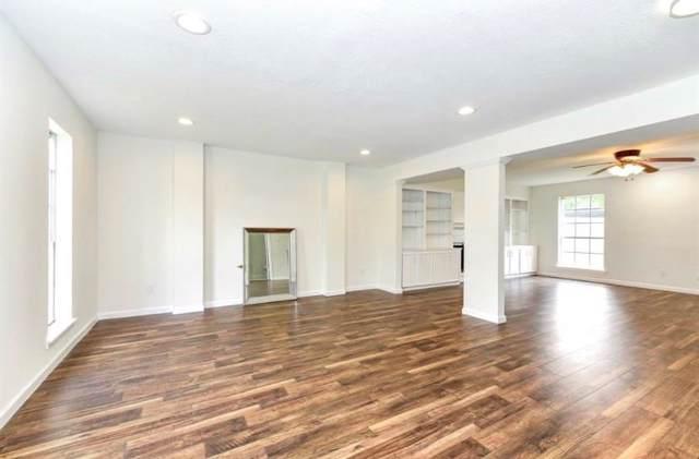 16002 Cavendish Drive, Houston, TX 77059 (MLS #14954310) :: Ellison Real Estate Team