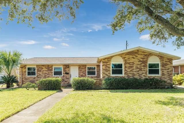 5611 Teakwood Drive, Galveston, TX 77551 (MLS #14968855) :: The Freund Group