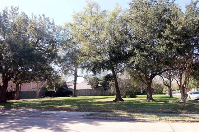 2410 Nantucket Drive, Houston, TX 77057 (MLS #14989365) :: Ellison Real Estate Team