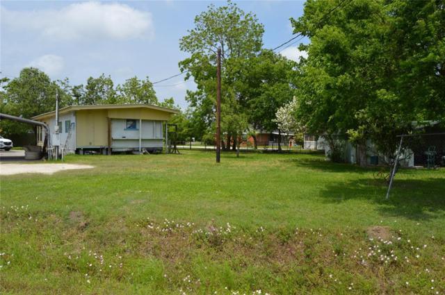 3055 Ferry Road, Baytown, TX 77520 (MLS #15037329) :: Texas Home Shop Realty