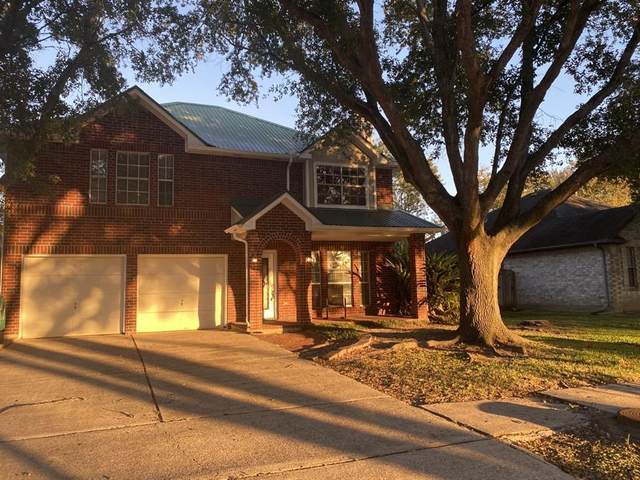 4401 Plover Drive, Seabrook, TX 77586 (MLS #15164092) :: The Bly Team