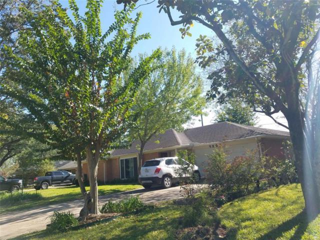 9805 Pine Lake Drive, Houston, TX 77055 (MLS #15172082) :: The Queen Team