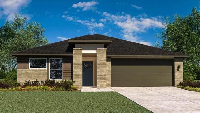 1811 William Scott Street, Baytown, TX 77523 (MLS #15253281) :: Christy Buck Team