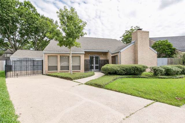 1303 Ambergate Drive, Houston, TX 77077 (MLS #15265498) :: The Queen Team