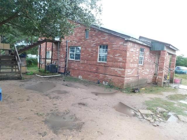 20661 Cochran Road, Prairie View, TX 77445 (MLS #15309776) :: My BCS Home Real Estate Group