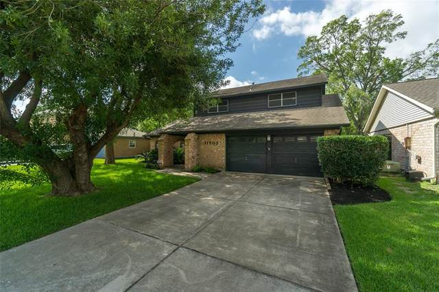 11803 Dorrance Lane, MEADOWS Place, TX 77477 (MLS #15403003) :: The SOLD by George Team