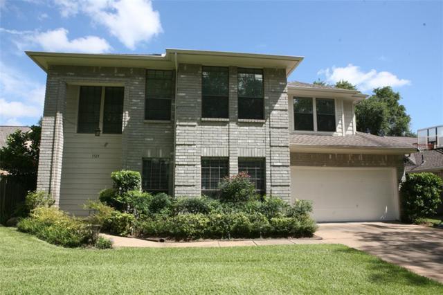 3323 Rushwood Lane, Sugar Land, TX 77479 (MLS #15407782) :: Texas Home Shop Realty