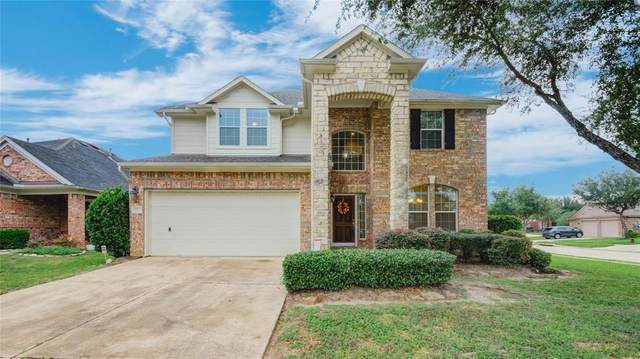 13001 Balsam Breeze Lane, Pearland, TX 77584 (MLS #15538058) :: The Bly Team