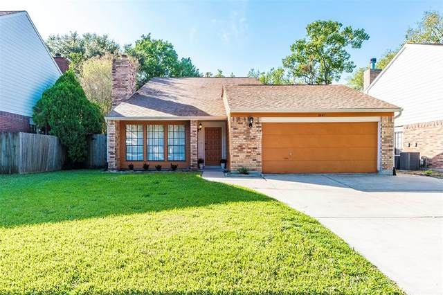 2645 Sawyer Drive, Seabrook, TX 77586 (MLS #15591182) :: The Freund Group