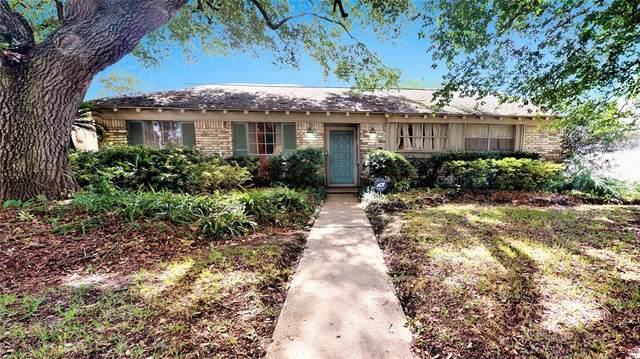 7418 Pella Drive, Houston, TX 77036 (MLS #15591460) :: NewHomePrograms.com LLC