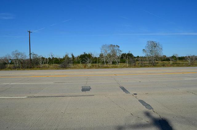 0 Hwy 6, Alvin, TX 77511 (MLS #15598408) :: Texas Home Shop Realty