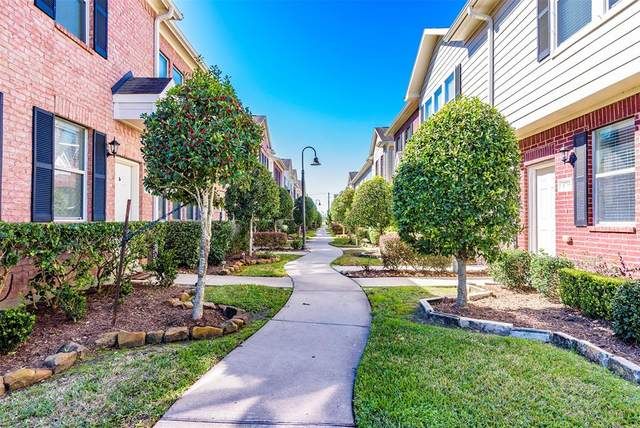 1735 Kemah Village Drive, Kemah, TX 77565 (MLS #15815346) :: Ellison Real Estate Team