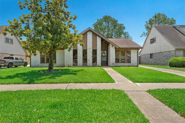 10506 Sagerock Drive, Houston, TX 77089 (MLS #15847876) :: The Home Branch