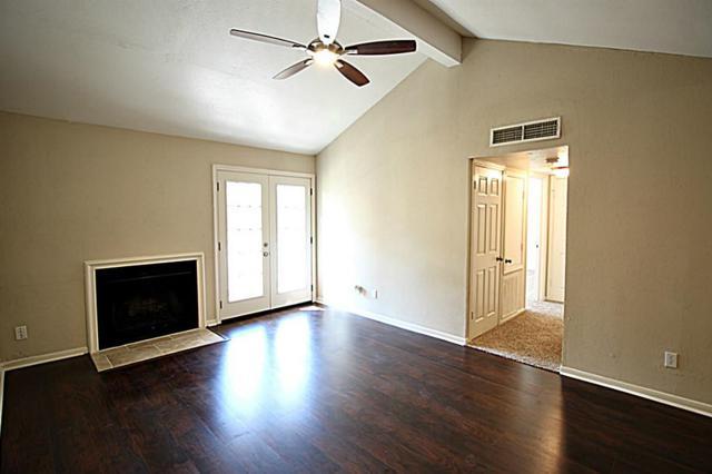 10211 Sugar Branch Drive #410, Houston, TX 77036 (MLS #1589640) :: Carrington Real Estate Services