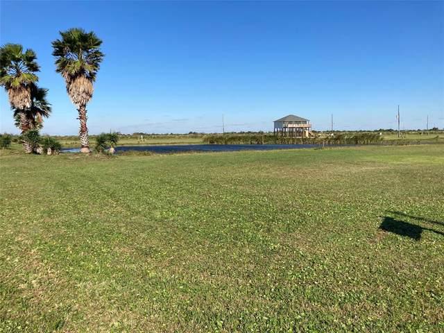 3701 Biscayne Beach Road, Port Bolivar, TX 77650 (MLS #15904905) :: The Sansone Group