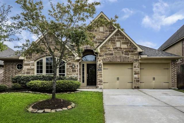 2923 Silhouette Bay Drive, Pearland, TX 77584 (MLS #16061316) :: Christy Buck Team
