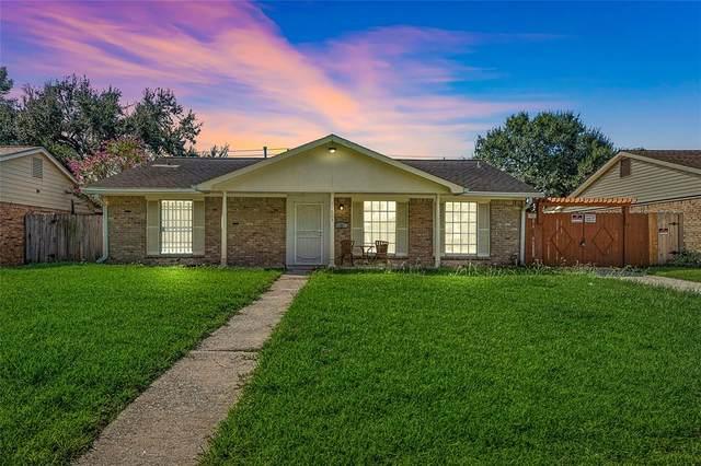11823 Carvel Lane, Houston, TX 77072 (MLS #16169583) :: All Cities USA Realty