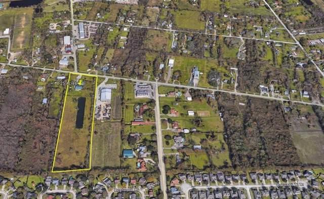 2319 W Cedar Bayou Lynchburg Road, Baytown, TX 77521 (MLS #16173236) :: Michele Harmon Team