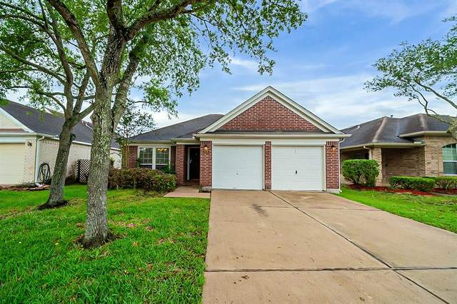 926 Schooner Cove Lane, League City, TX 77573 (MLS #16324025) :: Ellison Real Estate Team