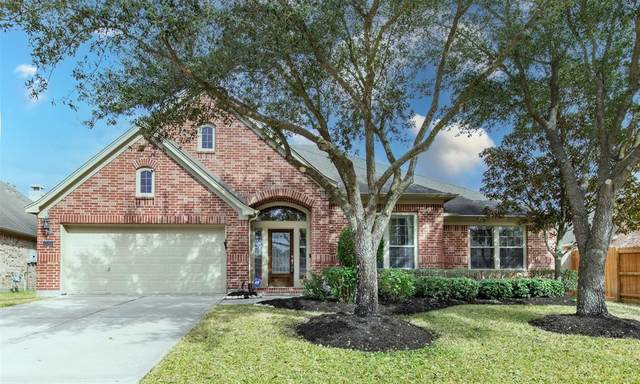 13301 Ravenlake Drive, Pearland, TX 77584 (MLS #16461751) :: Green Residential