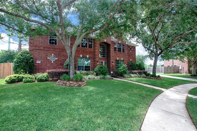 2010 Pebble Lane, Friendswood, TX 77546 (MLS #16475266) :: JL Realty Team at Coldwell Banker, United