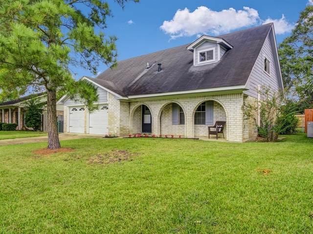 11807 Kirknoll Drive, Houston, TX 77089 (MLS #16476386) :: Michele Harmon Team