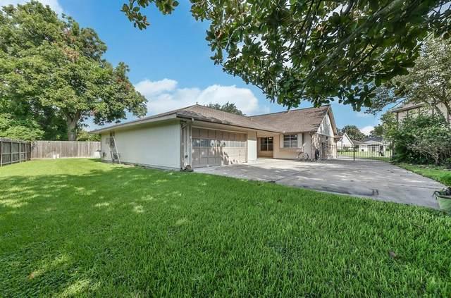 4803 Rainwater Drive, Pasadena, TX 77505 (MLS #16489290) :: The Queen Team