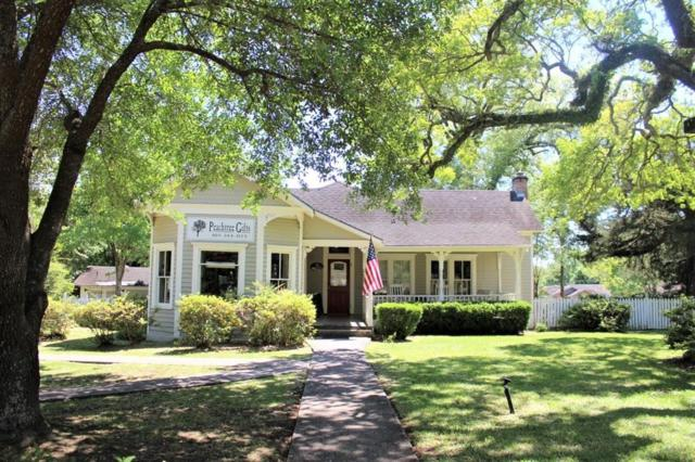 355 College Street, Jasper, TX 75951 (MLS #16532144) :: The Home Branch