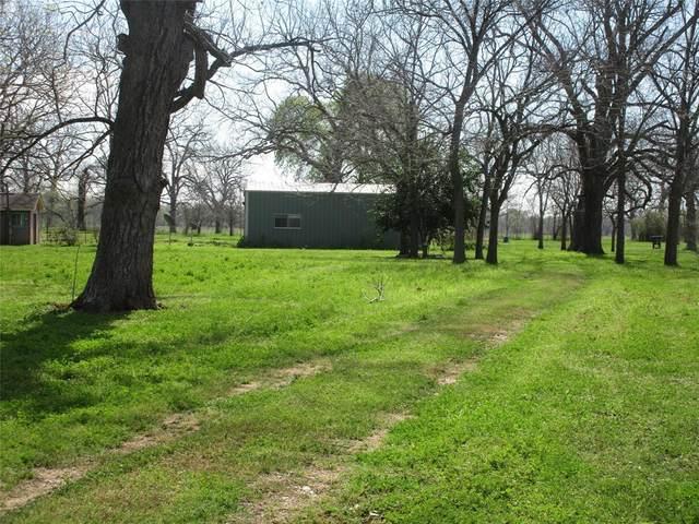 3711 Pecan Creek Drive, Hungerford, TX 77448 (MLS #16532274) :: Rachel Lee Realtor