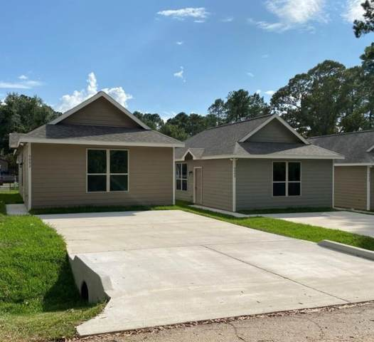 9582 Darkwood Street, Willis, TX 77318 (MLS #16581485) :: The Andrea Curran Team powered by Compass