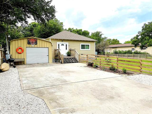 310 3rd Street, San Leon, TX 77539 (MLS #16614978) :: Connect Realty